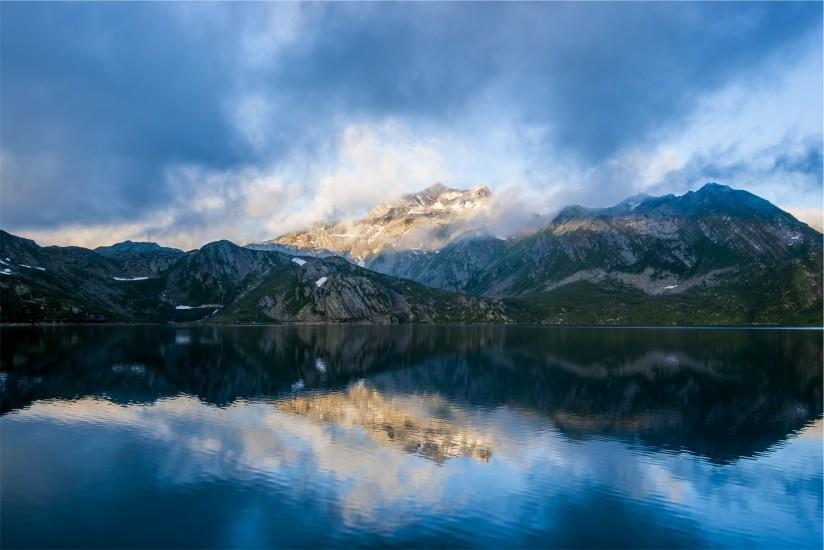 idyllic-lake-landscape-4062-824x550-1