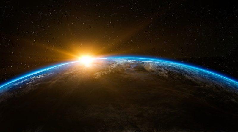 Erde im Sonnenlicht